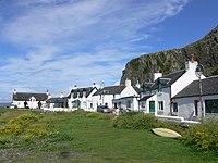 Isle of Seil - Ellenabeich 02.JPG