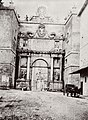Italienischer Photograph um 1868 - Porta del Popolo (Zeno Fotografie).jpg