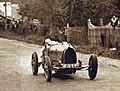 Janine Jennky à la côte de Gaillon en 1928, sur Bugatti Type 35.jpg