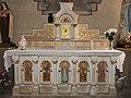 Jarnages église transept sud chapelle autel.jpg