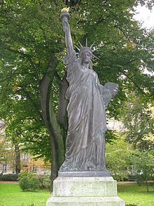 301 moved permanently - Statue de la liberte jardin du luxembourg ...