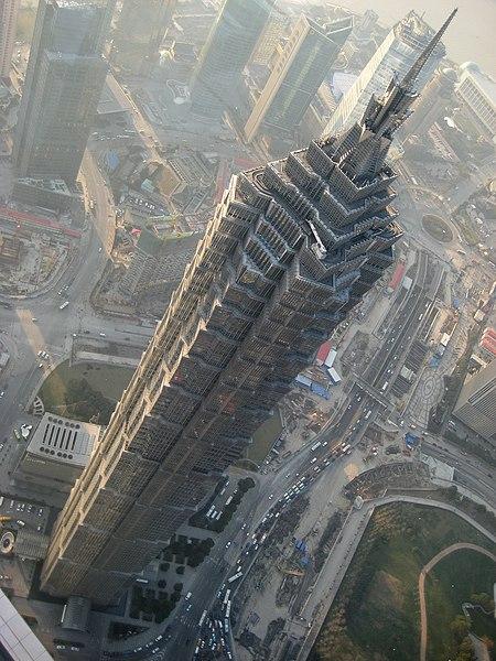 Datei:JinMao Tower von oben.jpg