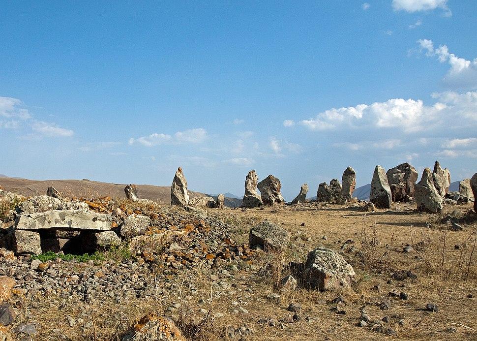 Karahunj - standing stones (5127916747)