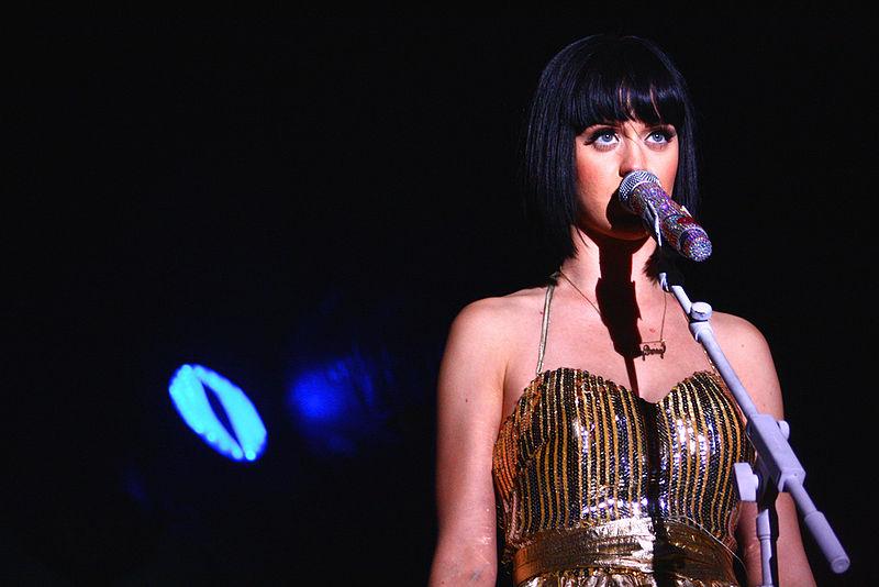 Katy Perry 800px-Katy-3393195828_2a4e657537_b
