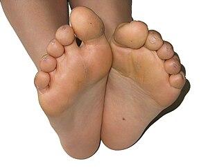 Japanese girl nude feet