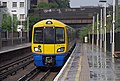 Kilburn High Road railway station MMB 07 378255.jpg