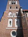Kościół parafialny pw. św. Jadwigi - dzwonnica.jpg
