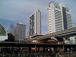 Kobe New Transit Island Center Station.jpg