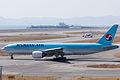 Korean Air ,KE2726 ,Boeing 777-2B5(ER) ,HL7750 ,Departed to Seoul ,Kansai Airport (16480654588).jpg