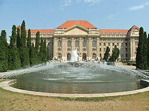 Kossuth Lajos Tudományegyetem épülete (5228. számú műemlék)