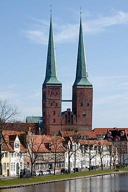 Lübeck Dom von Westen 070311