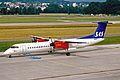 LN-RDC Dash 8Q-402 SAS Commuter ZRH 19JUN03 (8538148743).jpg