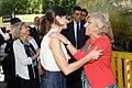 La alcaldesa en funciones acompaña a la Reina en la inauguración de la Feria del Libro 03.jpg