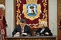 La alcaldesa entrega la Llave de Madrid al presidente chino en su visita al Ayuntamiento 08.jpg