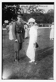 Lady and Lord George Wellesley in 1918.jpg