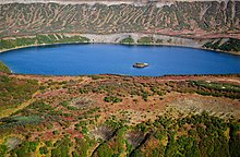 Lake Dalnee in Uzon caldera.jpg