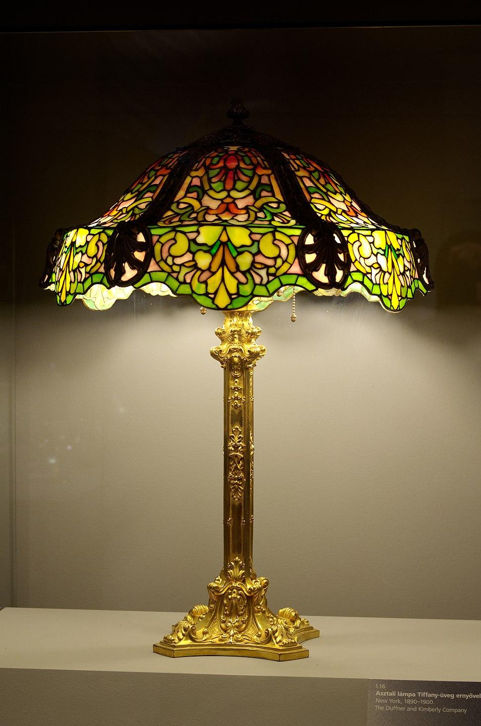 Lamp and lampshade Tiffany