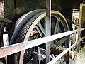 Lancashiresmedjan 16 svänghjul grovvals.jpg