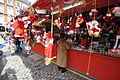 Lascar Sale of Christmas decoration - Plaza Mayor de Madrid (4607057027).jpg