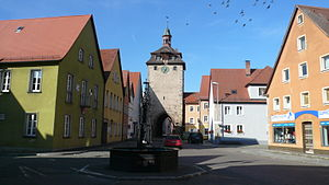 Leutershausen - Leutershausen, market place with the historic town gate