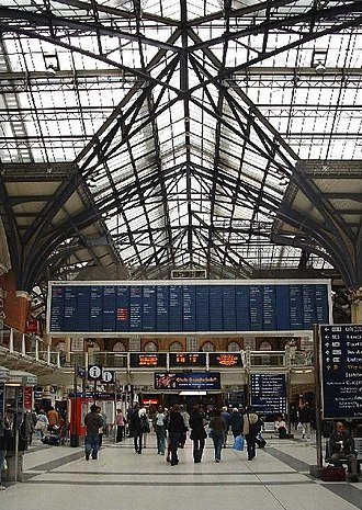 Liverpool Street station - The split-flap display board, which was replaced in 2007