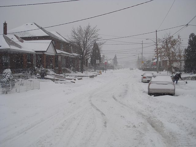 Snow in Toronto By Monael (Own work) [Public domain], via Wikimedia Commons
