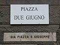 Livorno Piazza Due Giugno street name 01.JPG