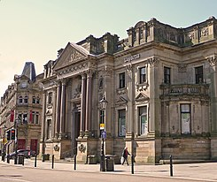Lloyds bank in Halifax.jpg