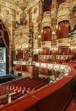 London Coliseum Auditorium 2018-09-23 3.jpg