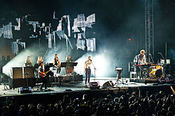 London Grammar Melt! 2015 01.jpg