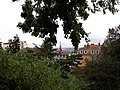 Lyon 4e - Place du Mont Sauvage - Vue sur le clocher de l'église du Bon Pasteur.jpg