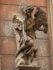 Socha anděla na domě Nerudova 239/35