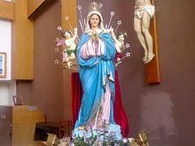 La statua della Madonna dell'Alto Mare.