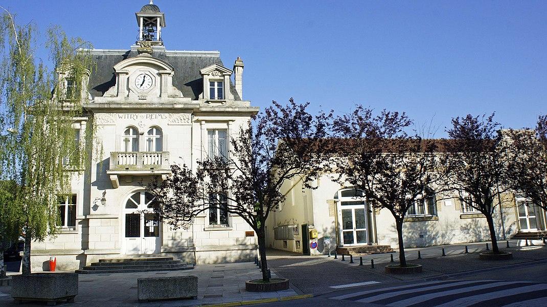 Vue de  la Mairie de Witry.