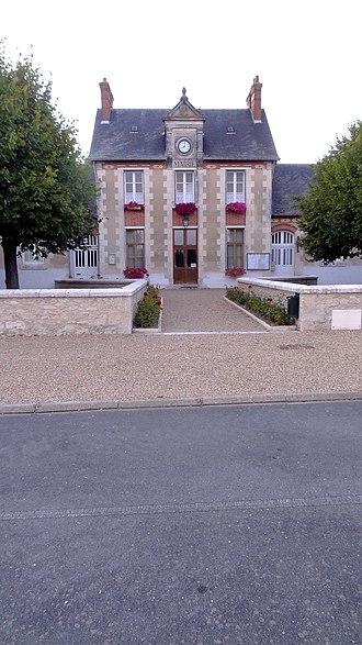 Averdon - Town hall