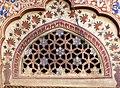 Mandawa Sneh Ram Ladias Haveli - Zweiter Innenhof 2a Tür.jpg