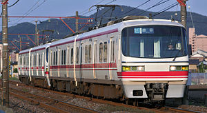 Meitetsu 1800 series - 1850 series set 1853 with a 1800 series set in June 2009