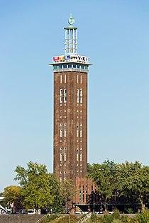 Messeturm Köln mit RTL-Werbung-3059.jpg