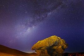 Milky way seen from bolivian high altiplano 03.jpg