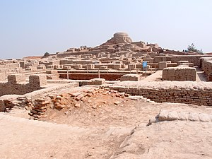 Mohenjodaro - view of the stupa mound.JPG