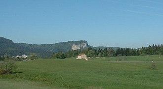 Parc naturel régional du Haut-Jura - Image: Mont Fier