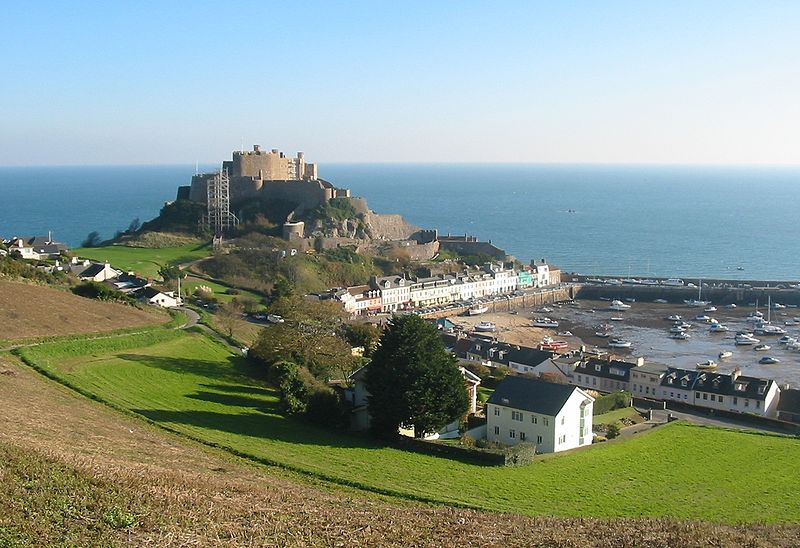 File:Mont Orgueil and Gorey harbour, Jersey.jpg