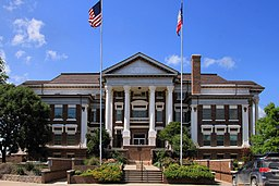 Montague county courthouse.jpg