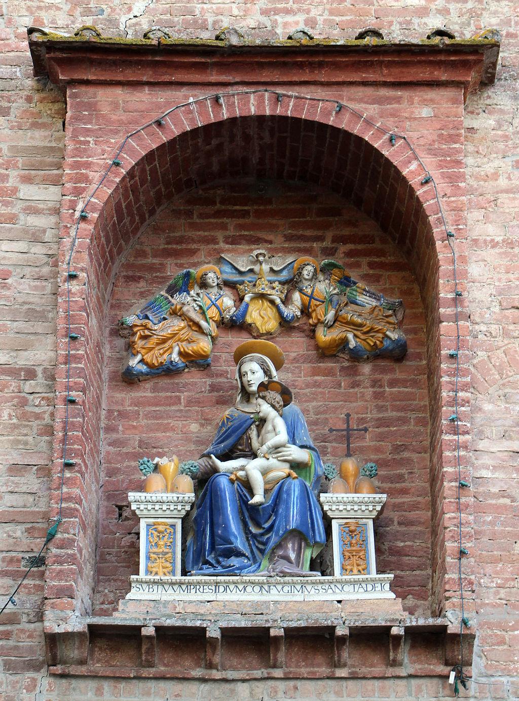 Monte Oliveto Maggiore, barbacane, Scuola Robbiana, Madonna