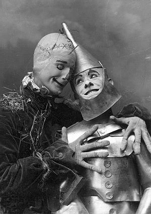 Fred Stone - Fred Stone as the Scarecrow and David C. Montgomery as the Tin Woodman in the 1902 stage extravanganza The Wizard of Oz