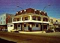 Montréal, vers 1980. Coin Nord-Est de boul. Saint-Laurent et rue Bernard. (6521738229).jpg