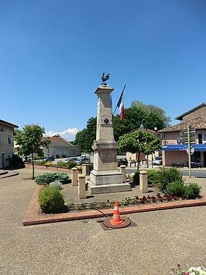 Ambérieux-en-Dombes - Image: Monument aux morts d'Ambérieux en Dombes 2