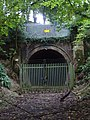 Mouth of disused railway tunnel - geograph.org.uk - 996167.jpg