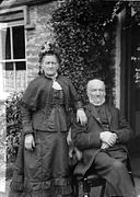 Mr and Mrs Rowlands, Pennal NLW3362795.jpg
