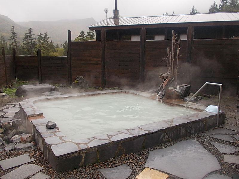 Mt. Taisetsu KOGEN hot spring 2%EF%BC%88Open-air bath%EF%BC%89.JPG